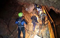 8 Thai boys rescued from flooded cave, divers resume mission to remove last 5