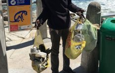 Homeless man takes pride in cleaning beaches everyday - for nothing in return
