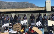 [VIDEO] Cops manhandle female protester at Ramaphosa's Cape Town train launch