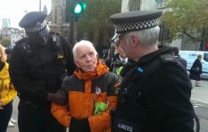 Badass grandpa Phil Kingston (82) jailed 4 times in 12 days for protecting Earth