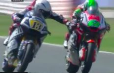 [WATCH] Motor biker pulls on his rival's brake, sacked from team