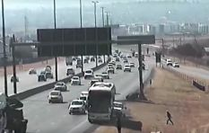 [VIDEO] Sanral tweets video of unmanned bus rolling back into Joburg N1 traffic
