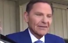 [WATCH] Video of US TV preacher grilled over buying a private jet goes viral