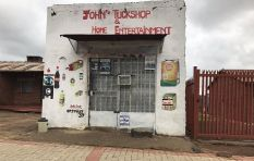 How is the lockdown affecting informal traders and spaza shop owners?