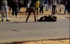 Vigilante mob attacks alleged criminals in Daveyton