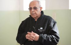 We remember Ahmed Kathrada's emotional goodbye to Madiba