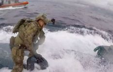[WATCH] US coast guard crew leaps onto drug smuggling submarine