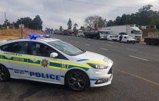 Van Reenen's Pass blocked by trucks on the N3