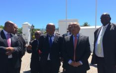 Gordhan addresses protesting crowd outside Parly