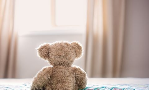 teddy-bear-toy-bed-childhood-pexels-photo-jpeg