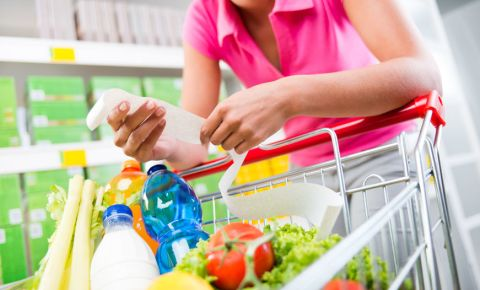 consumer-goods-groceries-shopping-slip-receipt-price-food-inflation-123rf