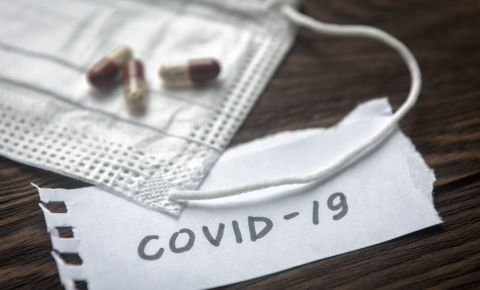 covid-19-coronavirus-face-mask-virus-transmission-health-pandemic-medical-123rf