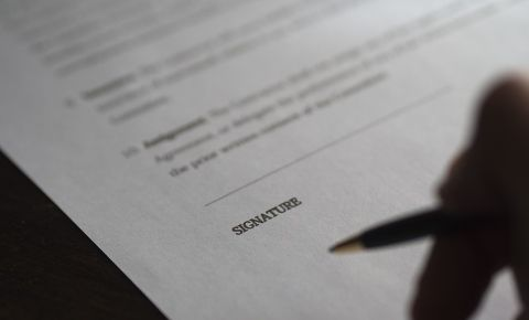 signature-contract-business-dealjpg