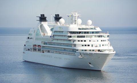cruise-shipjpg