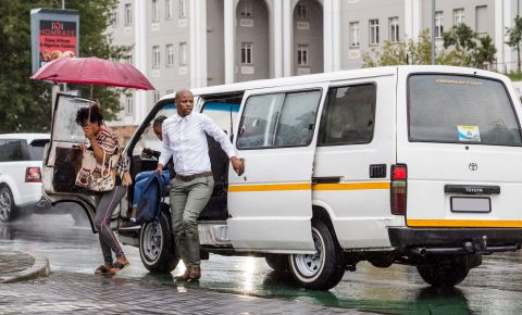 Minibus taxi commuters disembark Johannesburg transport 123rflocal 123rf