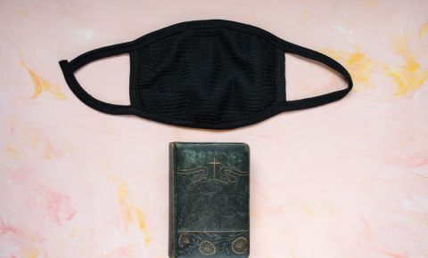 Bible mask church religion Christianity covid-19 lockdown 123rf