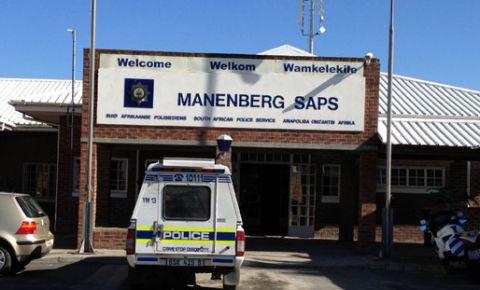 130819Manenbergpolice1.jpg