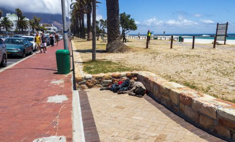 Homeless Camps Bay Cape Town 123rf 123rfbusiness