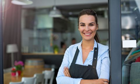 small-business-owner-entreprenuer-cafe-SMME-coffee-shop-123rf