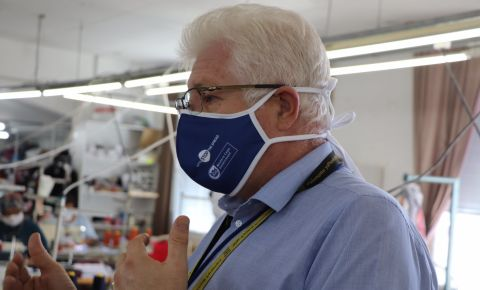 premier-alan-winde-wearing-face-maskjpg