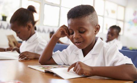 School learner pupil reading classroon 123rfeducation 123rflifestyle 123rf