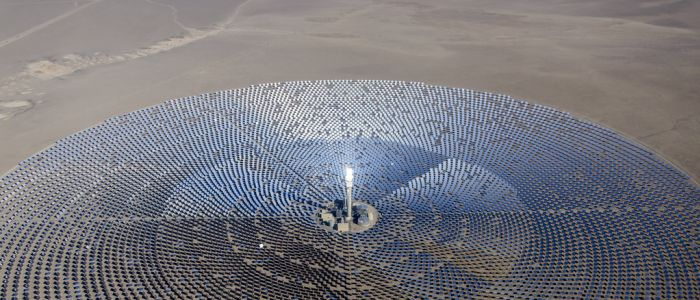 concentrated-solar-power-energy-array-renewablejpg