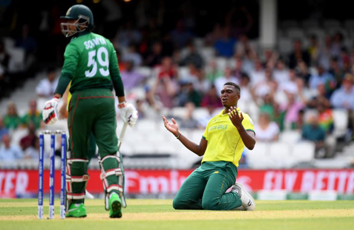 FILE: South African fast bowler Lungi Ngidi reacts to a missed chance against Bangladesh during their Cricket World Cup match on 2 June 2019. Picture: @cricketworldcup/Twitter