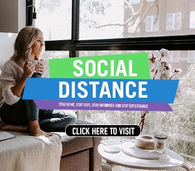 Social Distance porta